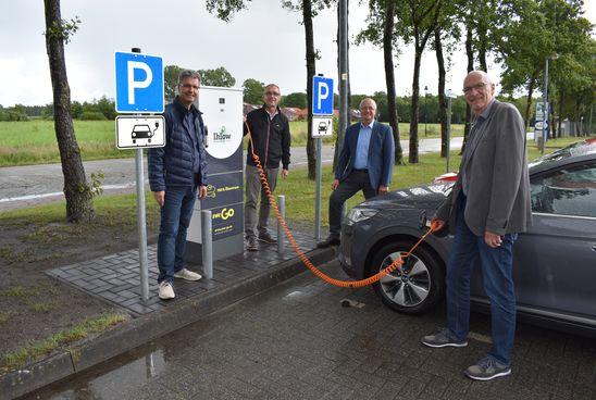 Erste E-Ladesäule der Gemeinde Ihlow geht in Betrieb
