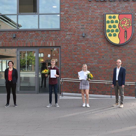 Ausbildung abgeschlossen: Gemeinde Ihlow übernimmt Auszubildende