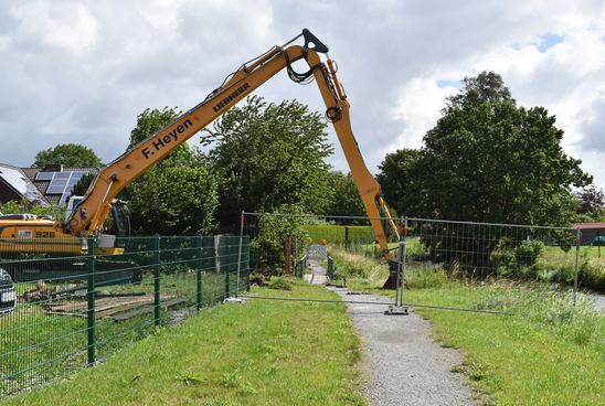Beginn der Brückenbauarbeiten